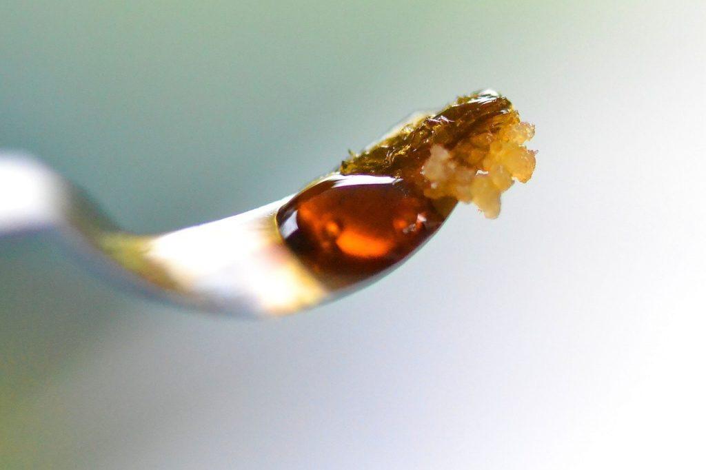 olej konopny na raka